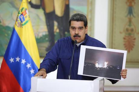 Resultado de imagen para Nicolás Maduro Cadena ataque electrico