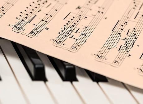 PENSAMIENTOS MUSICALES Y HALLAZGOS