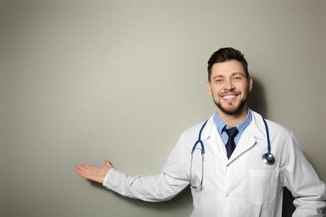 Cuándo y por qué van los hombres al urólogo