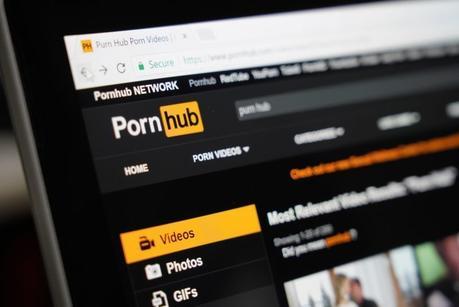 La caída de Facebook benefició a… ¿Pornhub?