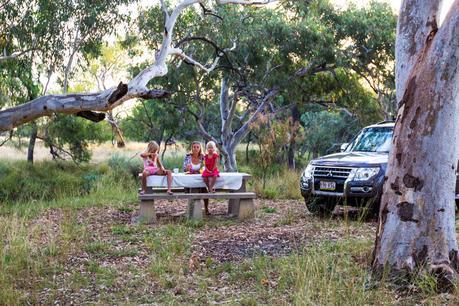 Outback-Queensland-road-trip-Tambo ▷ Comente sobre 52 maneras de ahorrar dinero en los viajes Cómo ahorrar dinero y cocinar comidas saludables mientras viaja - The Thrifty Issue