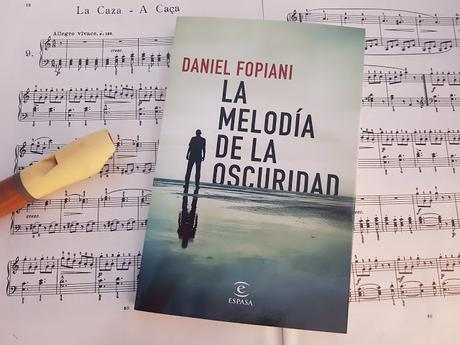 Reseña de la novela 'la melodía de la oscuridad ' de Daniel Folpiani