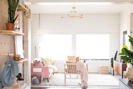 Touch of Pink. Como decorar con un sofa rosa