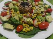 Salade thon l'avocat tuna avocado salad ensalada /سلطة الافوكادو التونا
