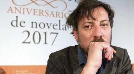 Ray Loriga: 'En la sociedad actual uno se espía y se delata a sí mismo' | Gabriel Flores