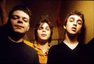 Supergrass - Mary (1999)