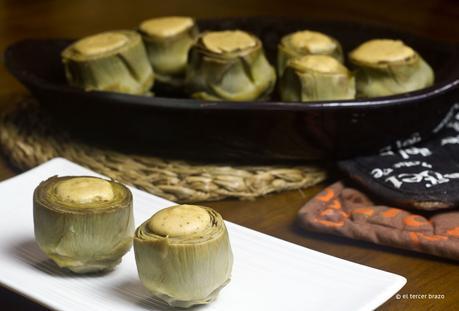Alcachofas rellenas de tofu