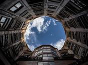 Barcelona (Eixample-La Pedrera): Mundos