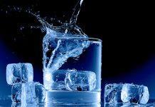 ¿Es malo beber agua fría para una persona?