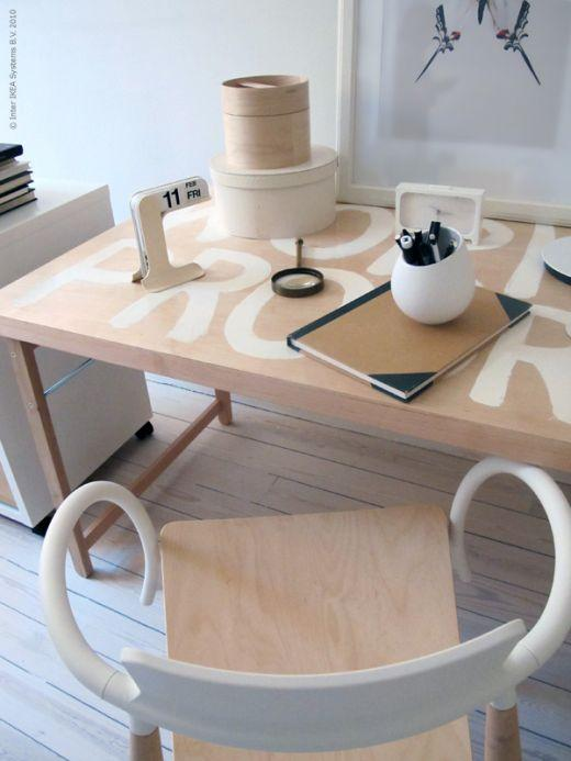 Ikea hack mesa plegable como mesa de trabajo paperblog for Mesa plegable trabajo