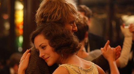 """""""Midnight in Paris"""": Un viaje de ida y vuelta al amor"""