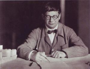 Hans Poelzig en 1927. Wikipedia
