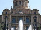 Pronovias, mano Manuel Mota, pone Pasarela Gaudí Colección 2012, original, brillante espectacular puesta escena