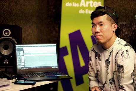 WAPEA: Así es trabajar tus canciones con productores internacionales