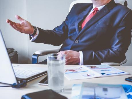 Las 3 grandes decisiones que el emprendedor debe tomar