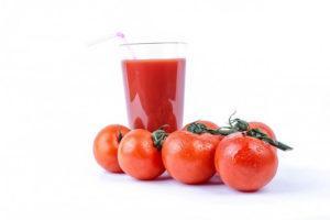 Propiedades del jugo de tomate; Beneficios y contraindicaciones
