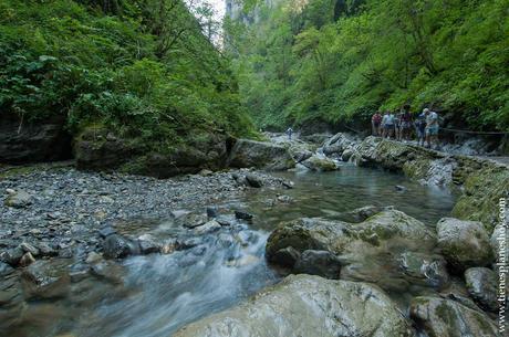 Ruta Cascada Kakuetta senderismo ruta viaje turismo