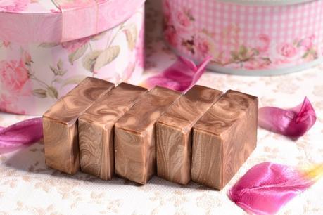 recuerdos personalizados boda jabones vainilla chocolate