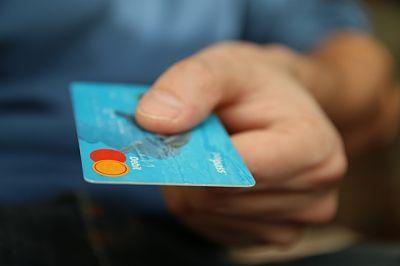 Qué es un tarjeta de crédito, tipos y porqué no deberías usar ninguna
