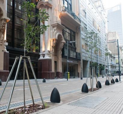 Urbanitas o Aldeanos