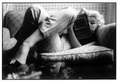 La Biblioteca de Marilyn Monroe, lectora y escritora.