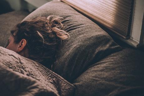 La importancia de dormir bien (hábitos para descansar mejor)