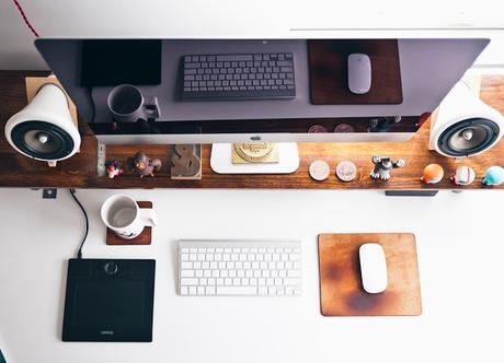 Trabajar desde casa: pros, contras y cómo organizarte para que tu día sea productivo