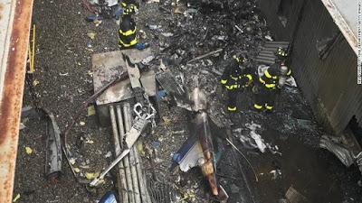 Investigan causa del choque helicóptero en Nueva York