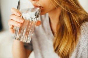 Beber agua tips para adelgazar
