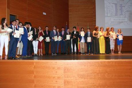 Entregadas las certificaciones B1 y B2 de Inglés a los alumnos del IES Hermanos Machado
