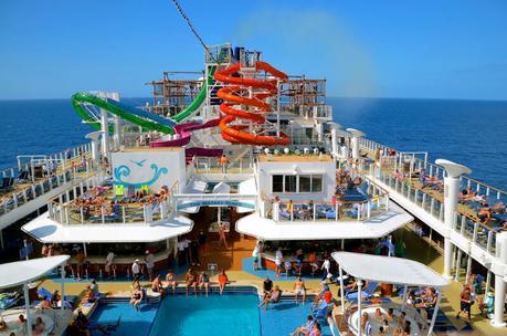 norwegian-cruise-ship-1 ▷ Comenta en 7 mejores cruceros para niños por Caz