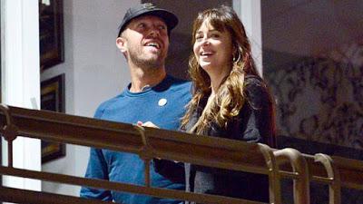 Dakota Johnson y Chris Martin han roto