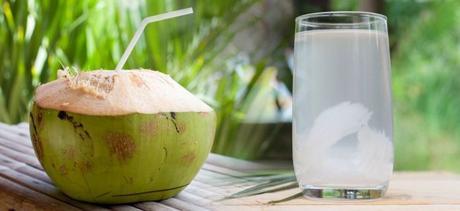 Agua de Coco: Beneficios y Contraindicaciones
