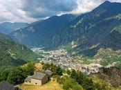 Hacer road trip: disfruta paisajes Andorra coche