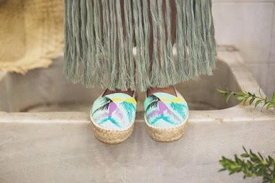 Natachines, alpargatas de lino hechas y pintadas a mano