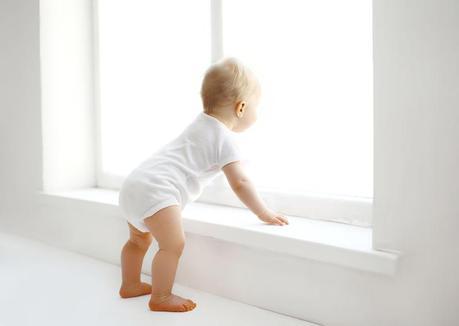 Recibe a tu bebé con una habitación vistosa pero segura