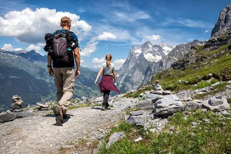 Hike-Bernese-Oberland.jpg.optimal ▷ Cómo caminar por el sendero Eiger en el Oberland bernés, Suiza