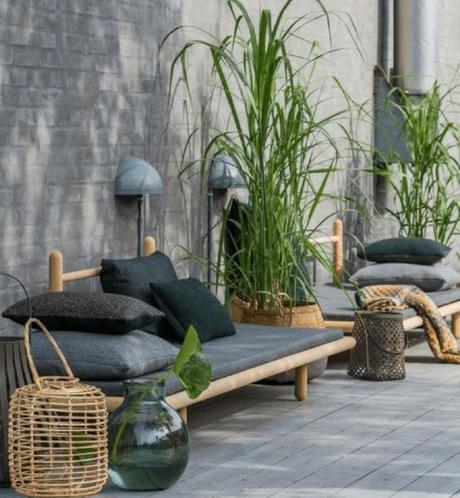 5 ideas para aplicar el color negro en el jardín