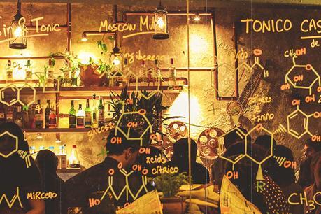 El Infusionista. Laboratorio de licores y farmacia antigua