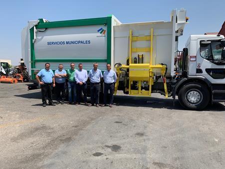 Se amplía la flota de vehículos para reforzar el servicio de recogida de residuos sólidos urbanos