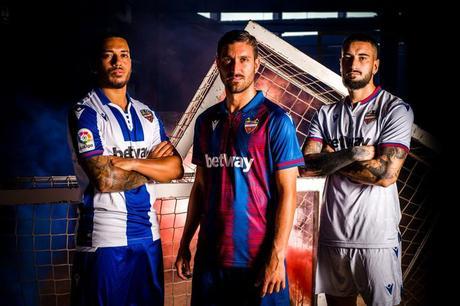 Nueva camiseta del Levante U.D. para la temporada 2019-20