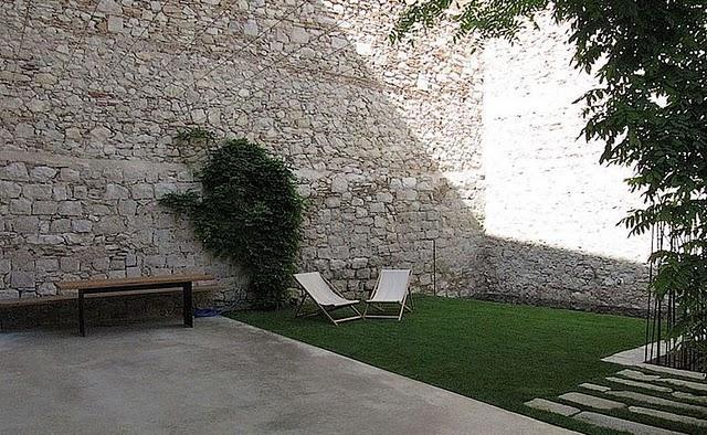 Las paredes de piedra del siglo xvi paperblog for Paredes de piedra para jardines