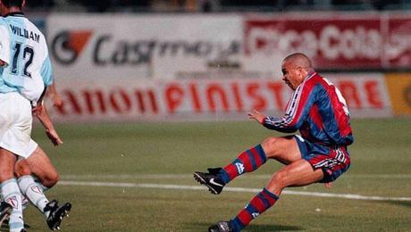 Estampas de los Noventa (III): Ronaldo arrasa al Compostela