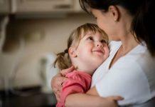 Las acciones simples pueden ayudar a los padres a vincularse con sus hijos