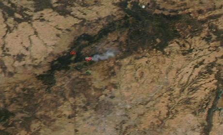 España: imagen satélite del humo del incendio de Guadarrama (04-08-2019)