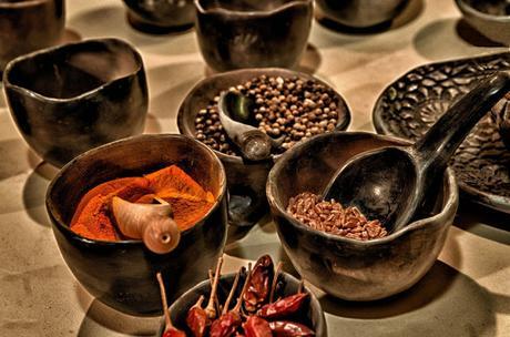 4 alternativas para condimentar tus comidas y olvidarte de la sal