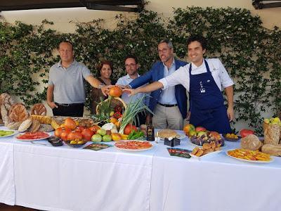 TOMATE HUEVO DE TORO GOURMET 2019 (Restaurante El Lago - Marbella -Estrella Michelin)
