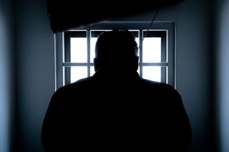 ¿Es eficaz el encarcelamiento para disuadir de la violencia futura?