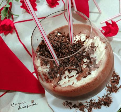HELADO DE CHOCOLATE CREMOSO