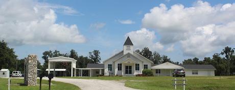 First Baptist Church of Linden, al comienzo de la ruta